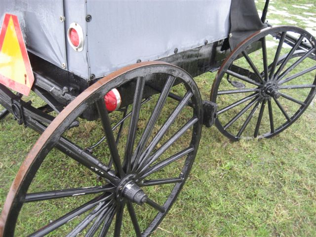 Amish Wagon Parts : Horse drawn amish open front buggy minneapolis moline